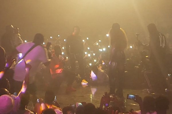 Shatta Wale proposes to girlfriend at his album launch, kisses her passionately