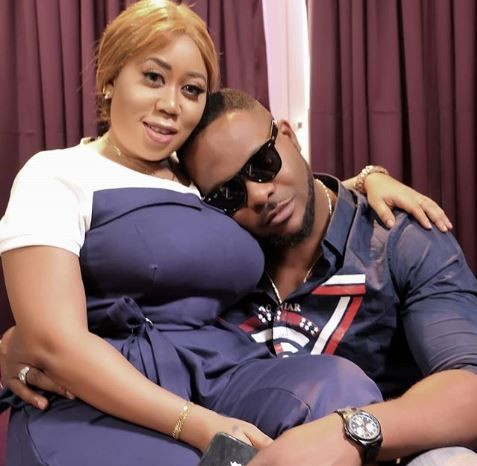 Viral photo shows actor,?Ninalowo resting his head on Moyo Lawal?s chest