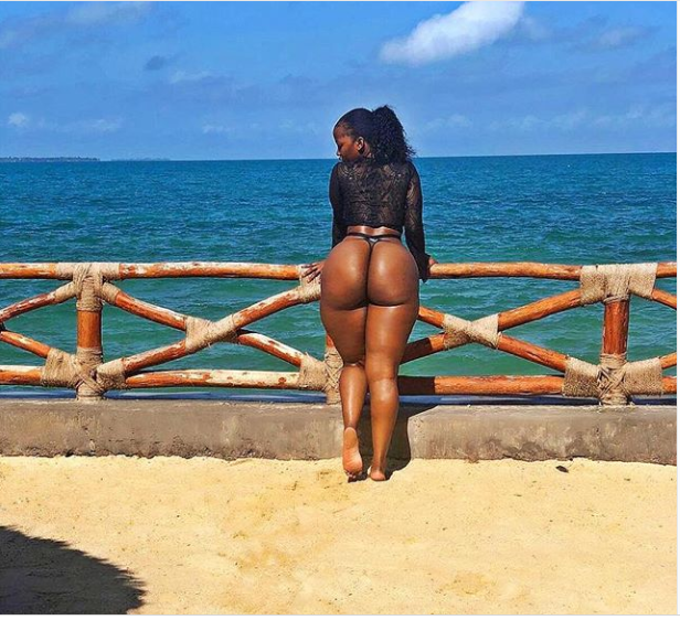 Kenyan curvaceous socialite,Corazon Kwamboka flaunts her massive behind in new saucy photo