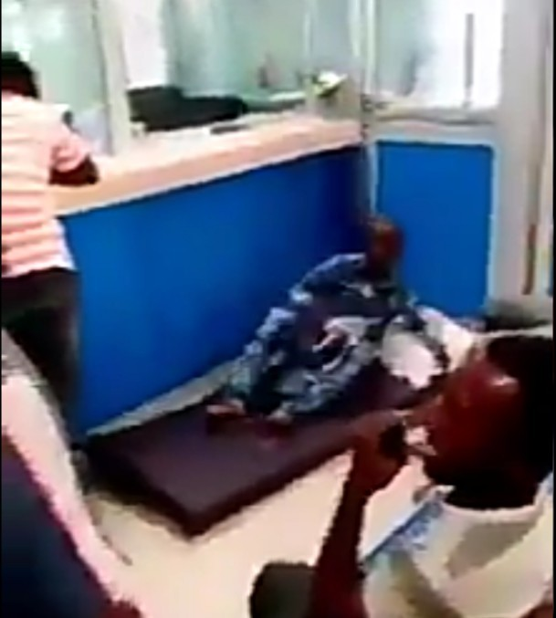 Ghanian man storm bank with his mattress and pillow to protest (video)