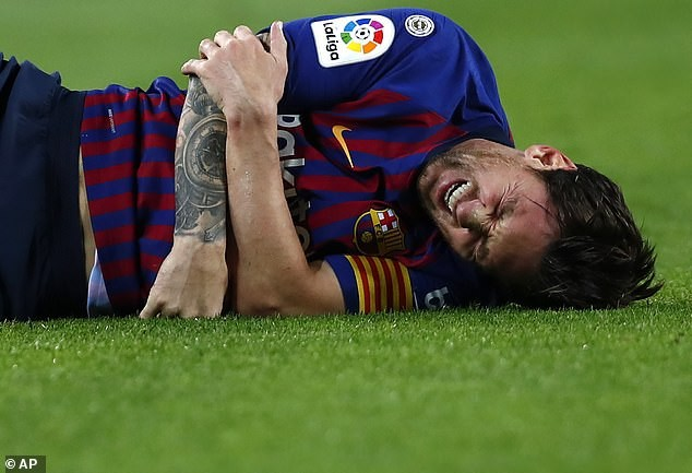 Lionel Messi to miss El Clasico clash against Real Madrid after fracturing bone in his right arm?