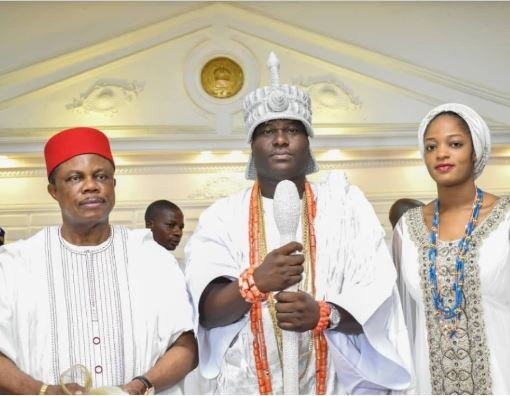 Anambra State governor, Willie Obiano?visits Ooni of Ife and his new?wife (Photos)