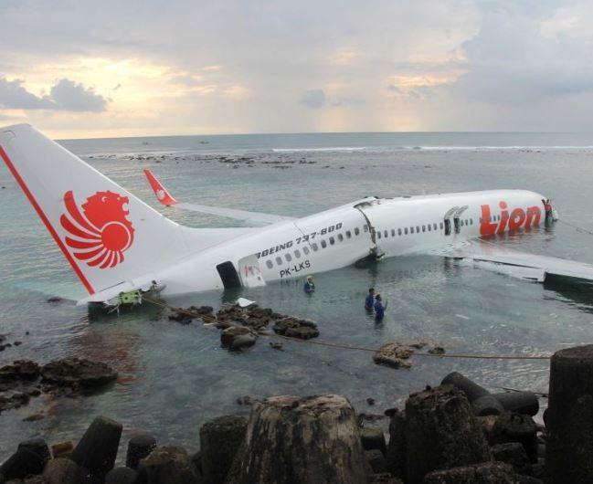 Indonesian plane crash kills 188 passengers
