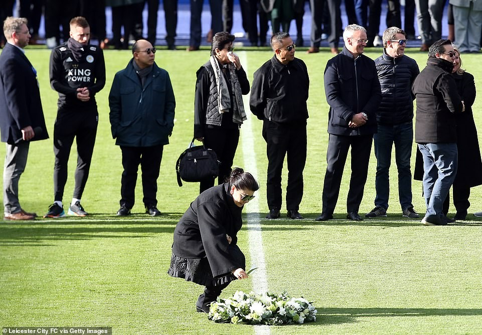 Jamie Vardy and Kasper Schmeichel break down in tears as Leicester stars gather to mourn Billionaire owner Vichai Srivaddhanaprabha?(Photos)