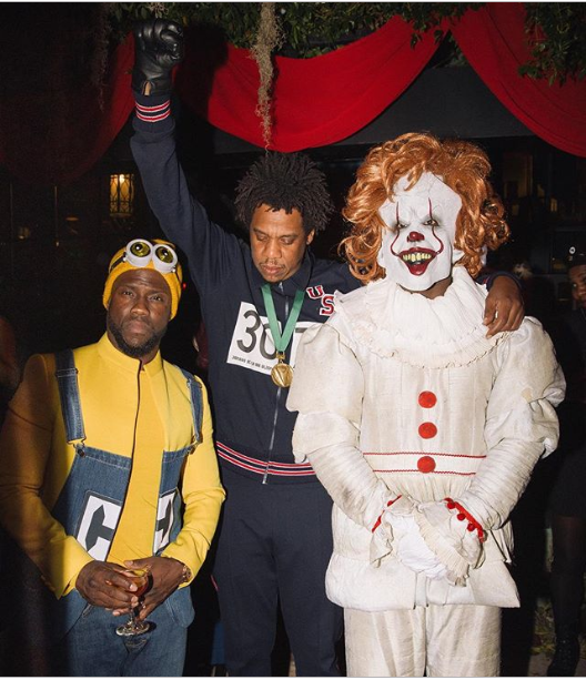 Kevin Hart, Jay-Z and Diddy pose for a photo in their Halloween costumes?