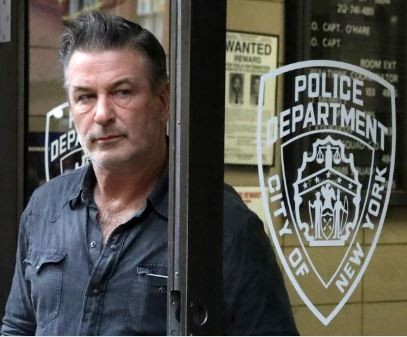 Hollywood actor,?Alec Baldwin?arrested,?charged for assault and harassment in New York
