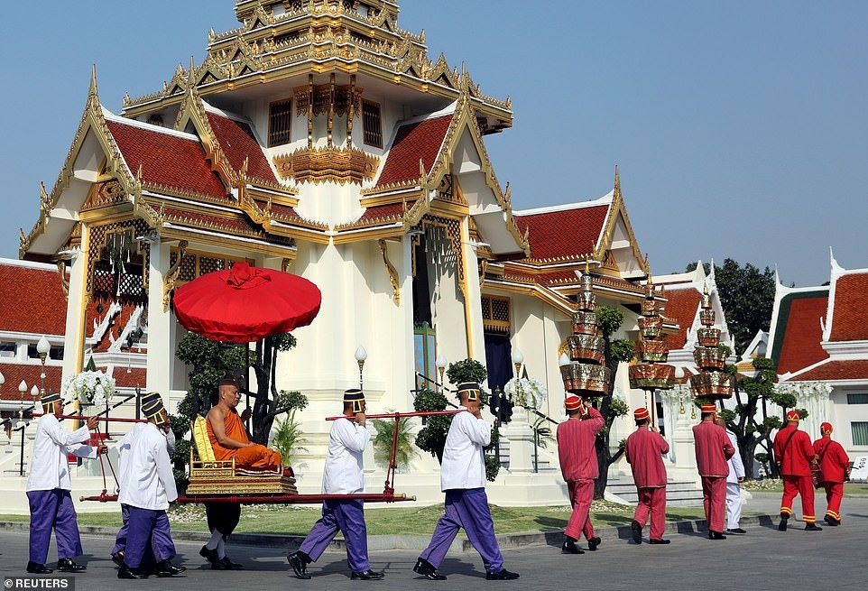 Seven-day Buddhist funeral begins in Bangkok for Leicester City billionaire owner who died in helicopter crash  (Photos)