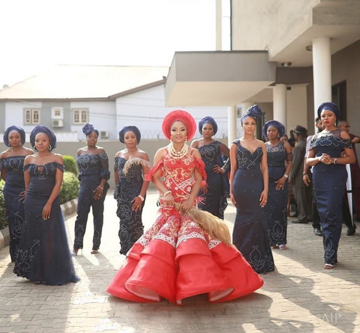 The bride, her bridesgroom and her squad: More photos from Linda Ejiofor and Ibrahim Suleiman's traditional wedding