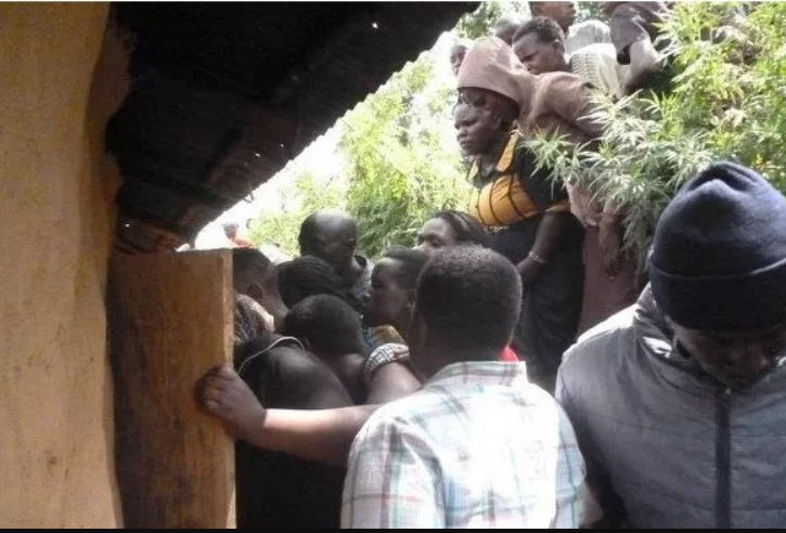 See how a Zimbabwean man caused a scene after he invited his wife