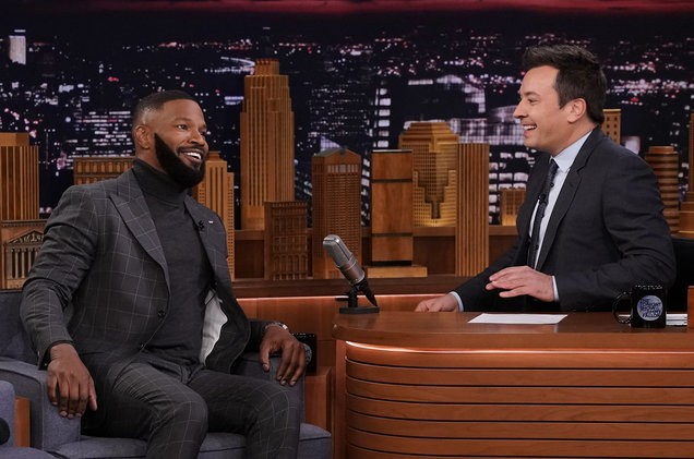 Is it real? Jamie Foxx shows off his new bearded look on Jimmy Fallon