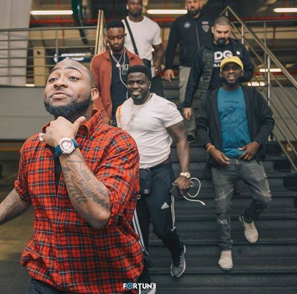 Caption these new photos of Davido