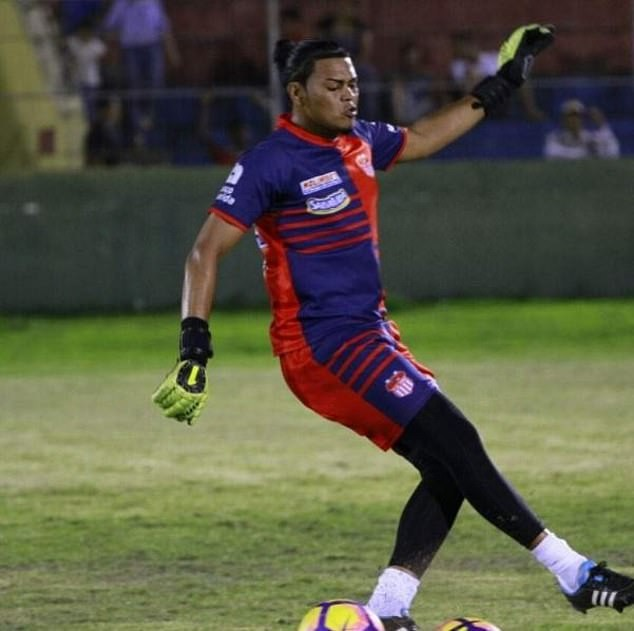 Honduran goalkeeper shot dead while chatting with friends in hotel bar?