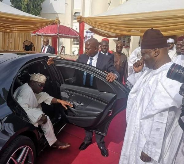 Obasanjo, Jonathan, Saraki others turn up as Atiku Abubakar becomes the 7th Waziri of Adamawa on his 72nd birthday