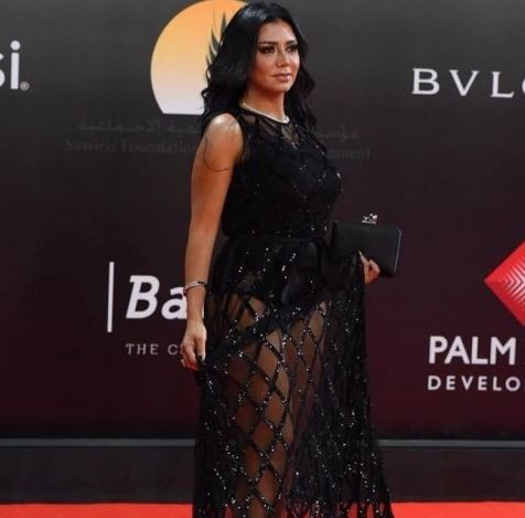 Egyptian actress,?Rania Youssef to face trial for wearing a?revealing dress to the Cairo Film Festival