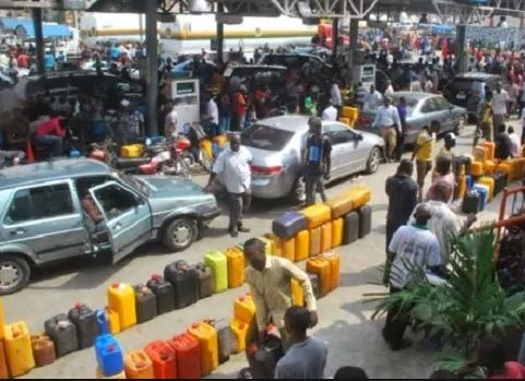 Oil marketers give FG seven days ultimatum to pay N800b subsidy debts