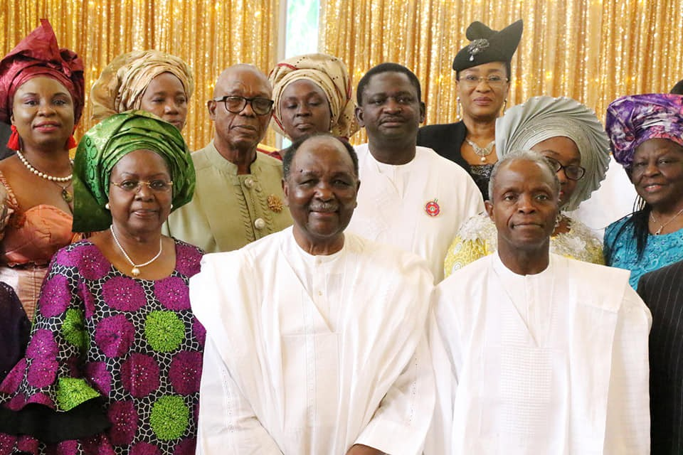 Photos:?Yakubu Gowon,?Yemi Osinbajo, others attend?Thanksgiving Sunday service at Aso Villa Chapel
