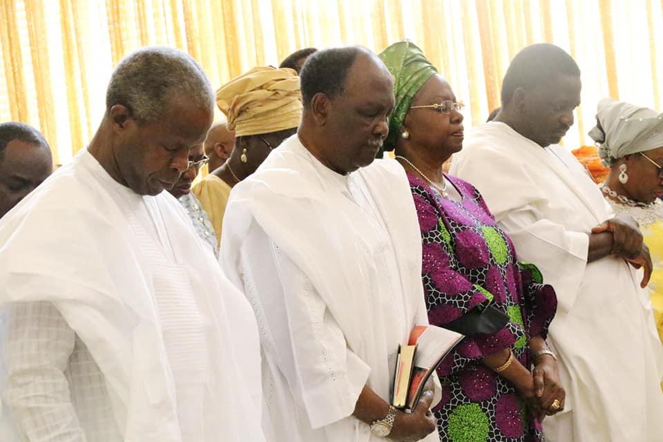Photos:?Yakubu Gowon,?Yemi Osinbajo, others attend?Thanksgiving Sunday service at Aso Villa Chapel