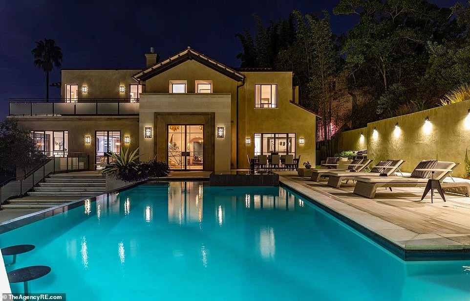 See the sprawling Los Angeles mansion Rihanna just put back in the market for $7.4m just 18months after she bought it (Photos)