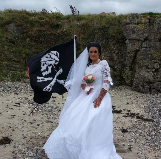 Woman who married ghost of 300-year-old pirate earlier in 2018 says they have split up