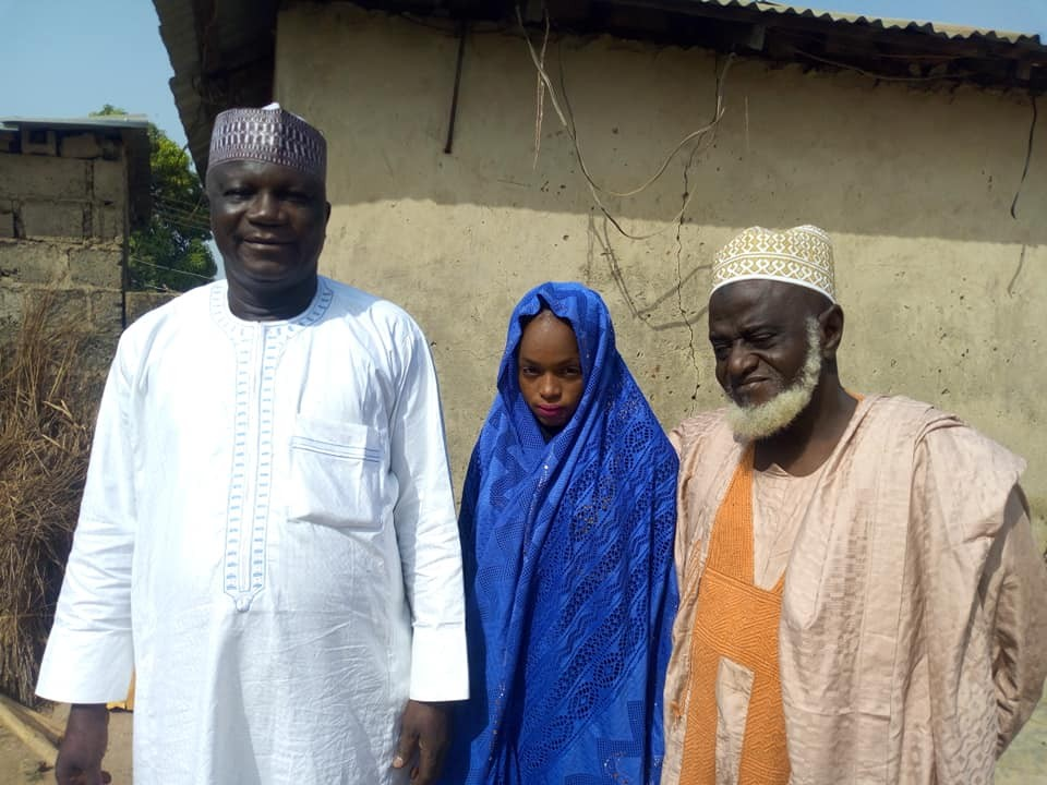 Outrage as elderly Alhaji, 70, marries a much younger girl in Niger State (Photos)