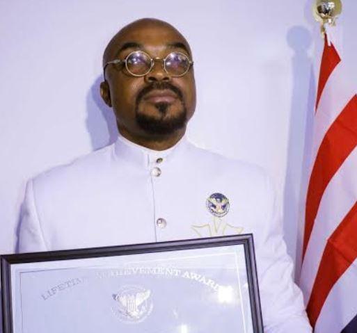 Felix King Bags President Trump?s Lifetime Achievement Award in the US