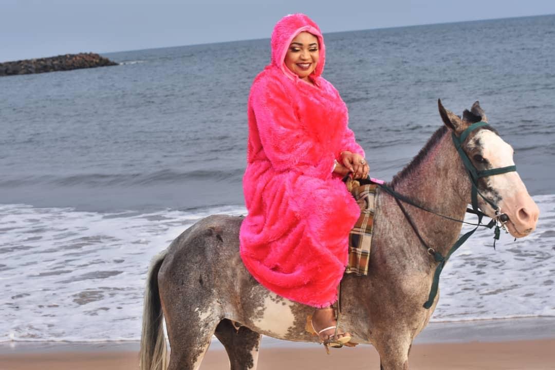 UK-Based Nollywood Actress, Princess Elizabeth Onanuga celebrates birthday with classy pictures