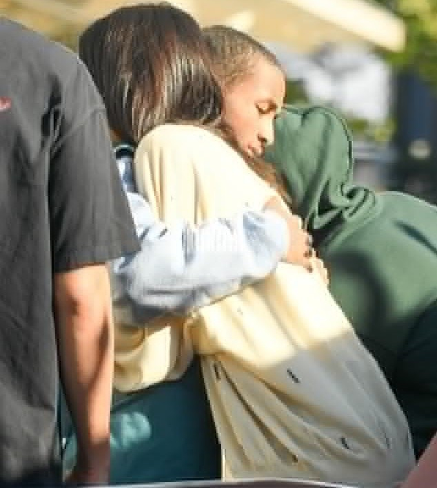 Kendall Jenner and Jaden Smith hug each other as they go on a date (Photos)