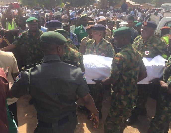 Photo: Former President, Alhaji Shehu Shagari buried in Sokoto