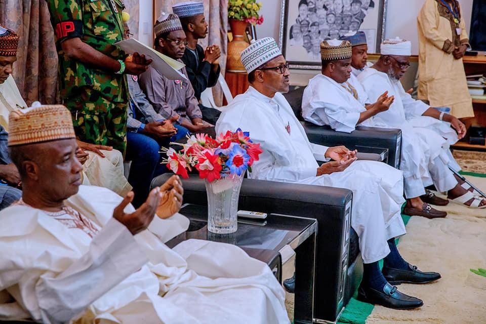 Photos: President Buhari visits Sokoto State on a condolence visit to the family of Late Shehu Shagari