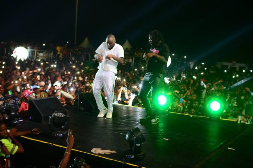 Infinix & Davido Live in Concert: Davido live in concert was turnt to the max and the cheers from the Infinix intelligent X-Family sent Eko Atlantic into a frenzy