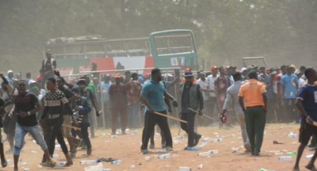 Video: One shot dead at APC governorship rally in Lagos state, three journalists hit by stray bullets