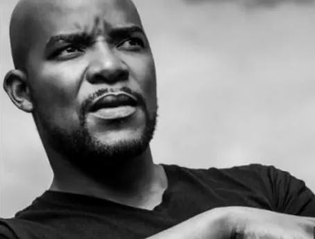 SA actor?Hlomla Dandala?sparks outrage for?saying South?African neighborhoods are being destroyed by Nigerian?mafia