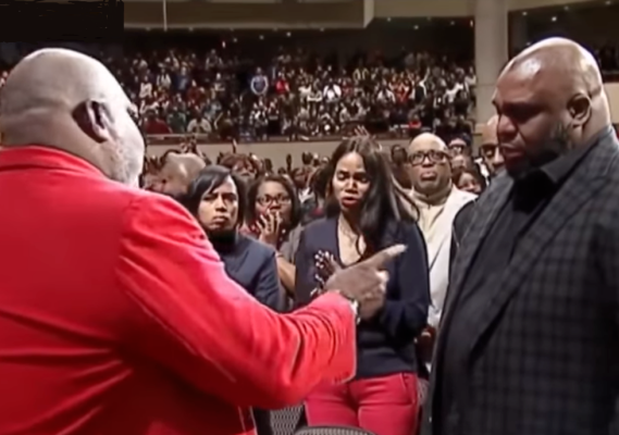 Bishop TD Jakes casts out the spirit of suicide from pastor John Gray after he cheated on his wife (video)