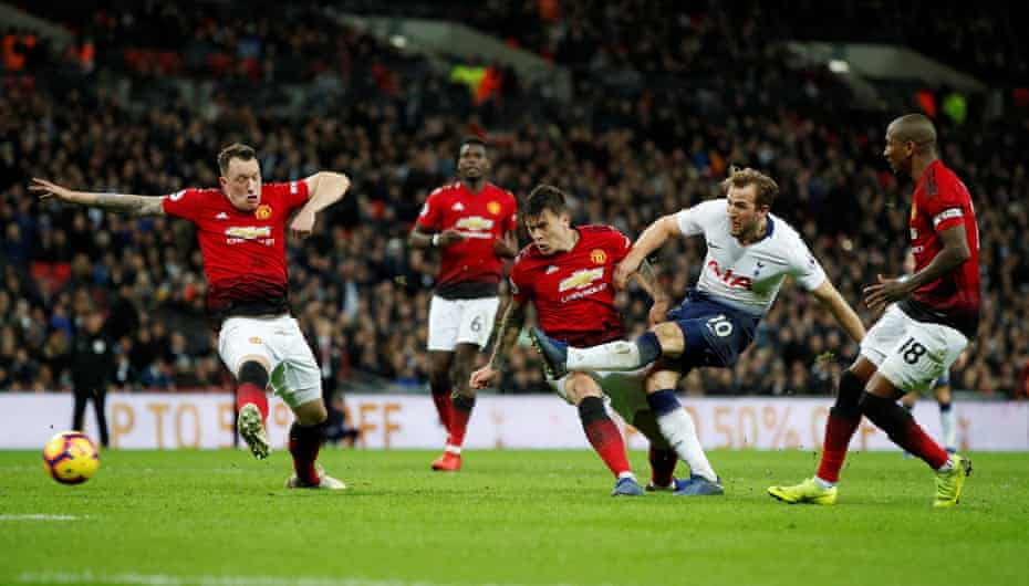 Pochettino Vs Ole ends in good note for interim manager as Man U defeat Tottenham 0-1 (As it happened)
