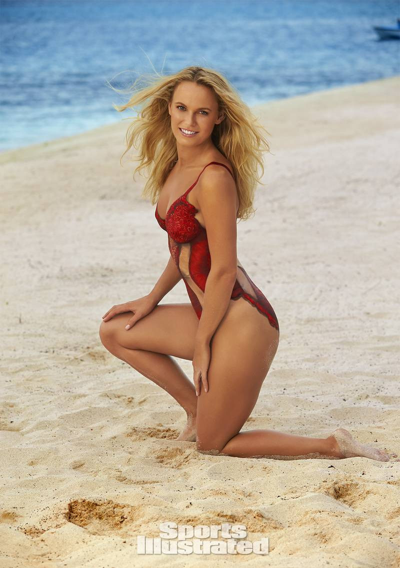 Photos: Tennis star, Caroline Wozniacki is all shades of sexy as she poses in body paint in preparation for Australian Open