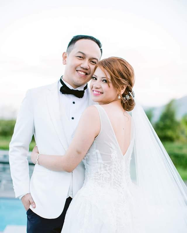 Newlyweds drown while honeymooning in the Maldives three weeks after their wedding and ten years of dating