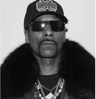 Again, Snoop Dogg wants to change his name to