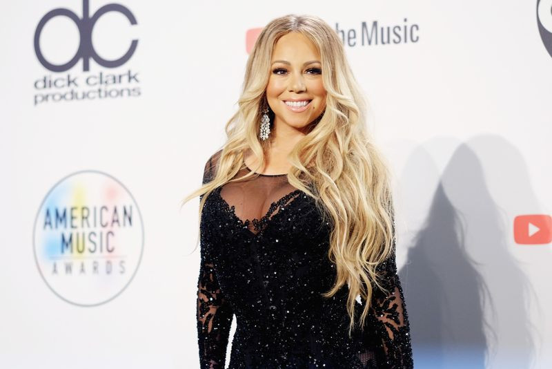 Mariah Careyn sues her former assistant for blackmailing her after recording embarassing videos of her