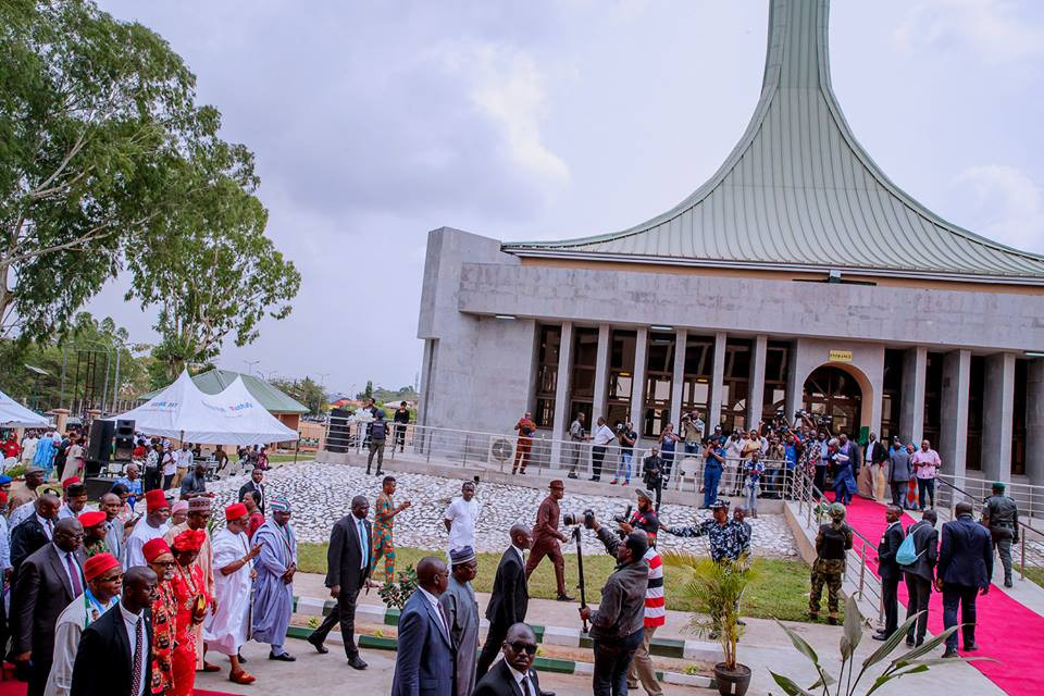 Photos: President Buhari commissions Zik Mausoleum in Anambra