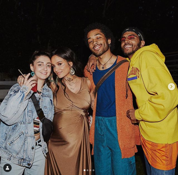 US singer Kehlani shares stunning photos from her baby shower and finally reveals the identity of her handsome babydaddy?
