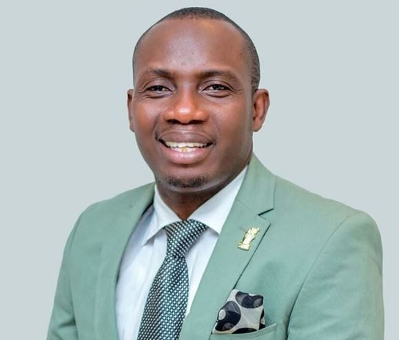 'If any man breaks your virginity, buy him a gift because he has given you an eye-opening experience' - Reverend George Lutterodt