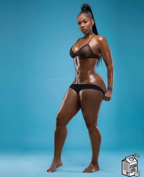 Rapper Kash Doll flashes her curvy behind in raunchy new photo