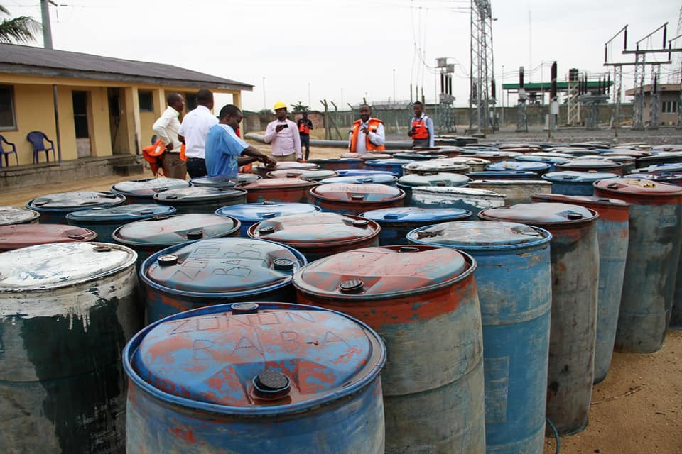 Oil theft: Nigerian Navy hands over 19 suspects and two boats to EFCC (Photos)