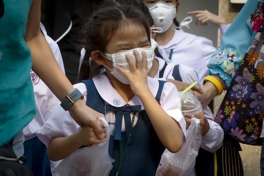 Toxic smog in Bangkok is making people cough up and cry blood (graphic photos)