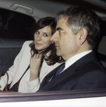 "Rowan Atkinson ""Mr Bean"" to take a year off work to look after his young daughter"