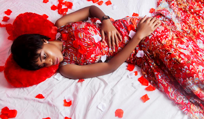 Looking For Valentine Gifts That Will Wow Your Loved Ones Check Out These Packages From N5 ,000 & Above Including Free Love Card, Rose Petals And Chocolate