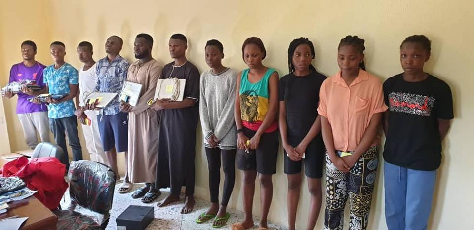 Photos: 11 male and female suspected internet fraudsters arrested in Ilorin