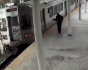 Video: Father chases train after leaving his baby alone in carriage so he could smoke cigarette