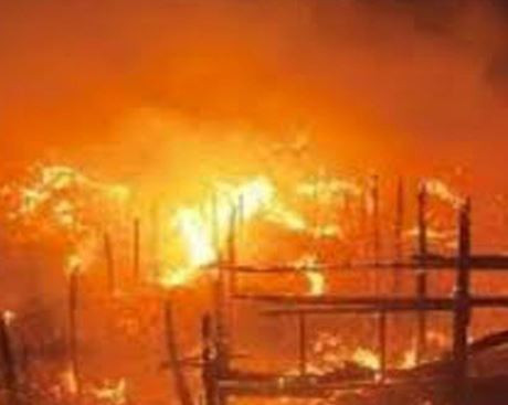 Again, fire destroys over 70 shops at?Yan?Katako?market in Kano State