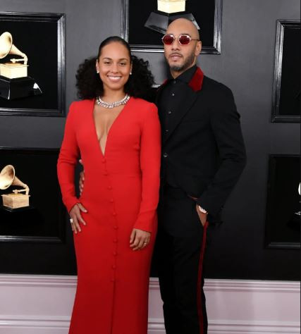 Grammys Red Carpet, Stunning red carpet photos from the 61st Grammy Awards